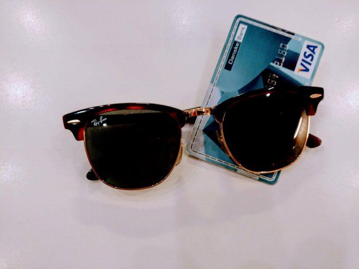 Visa gør betaling med solbriller muligt