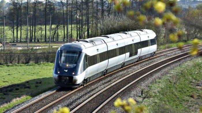 Kraka: Kæmpe fejl at bruge olie-penge til at finansiere togprojekter
