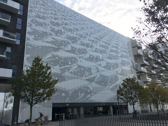 Ørestad: Slaget om de ekstremt dyre parkeringspladser raser