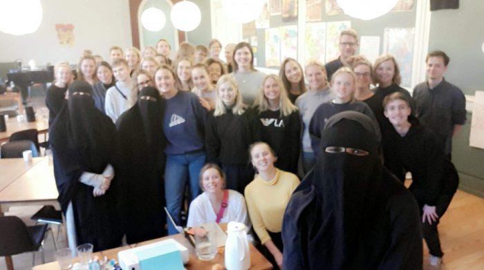Kan niqabklædte kvinder gå i dialog?