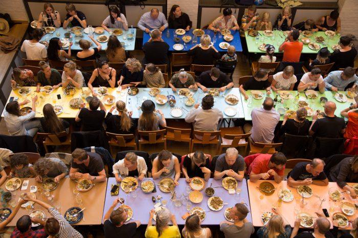 Radio: Fællesspisning hitter i København
