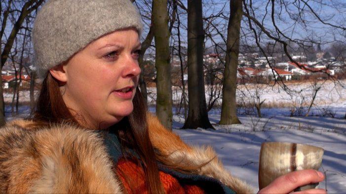 TV: Asatro hitter hos danskerne