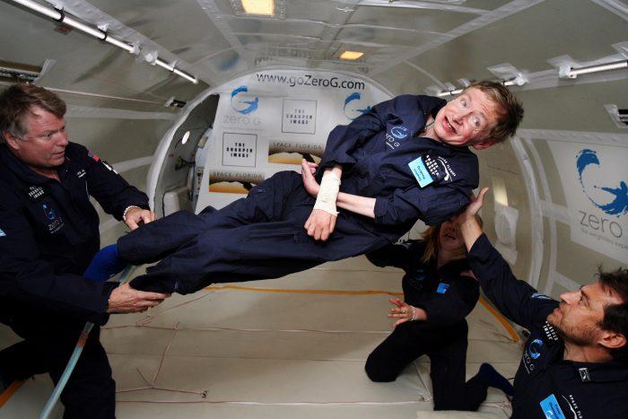 Stephen Hawkings ville kolonisere galaksen og Christian venter ivrigt på at flyve afsted.