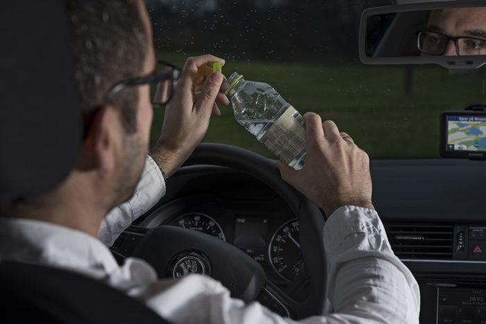 Halvdelen af danskerne drikker bag rattet