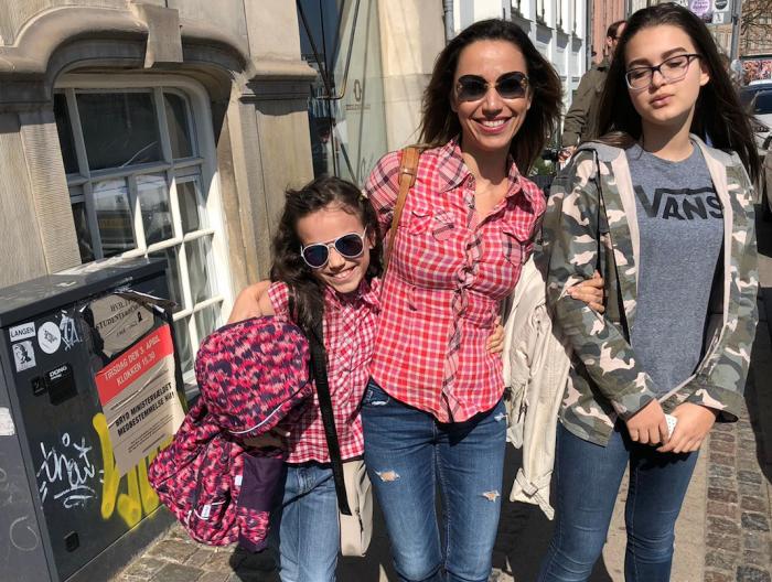 Kommunefejl splitter familie: Mor sendes retur til Brasilien