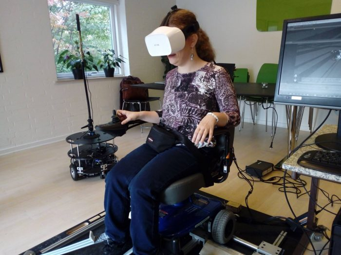 Virtual reality testes på kørestolsbrugere