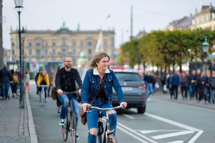 Her kan du spare penge på cykeleftersynet