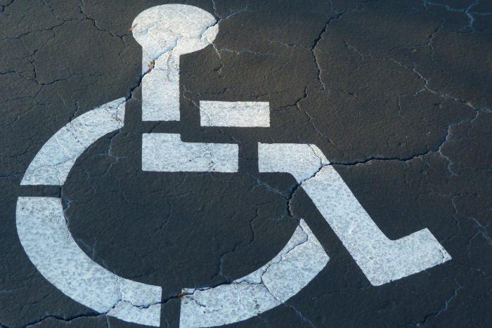 Ulige kørselsmuligheder begrænser handicappede
