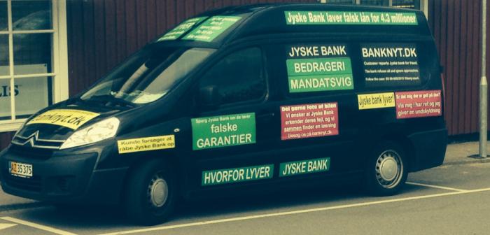 Elektrikers opråb: kører provokationskampagne mod bank
