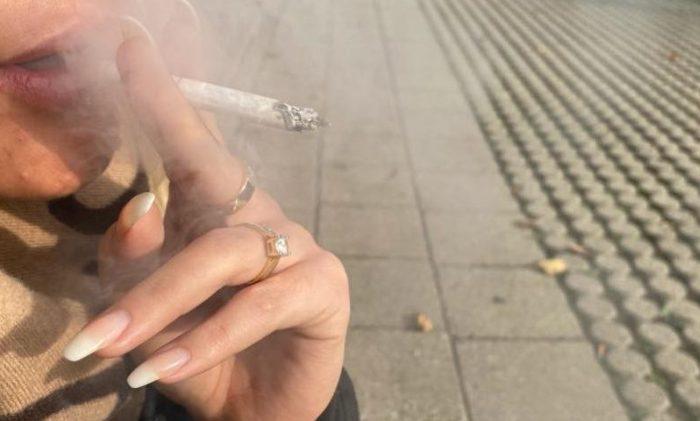 Puls løs: Meget få gymnasier har rygeforbud