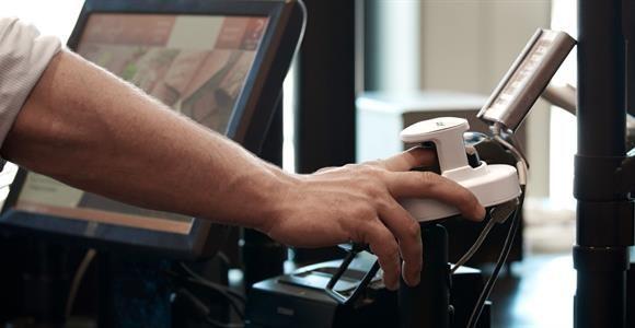 It-flop: Indbygget Dankort i fingeren var en fiasko