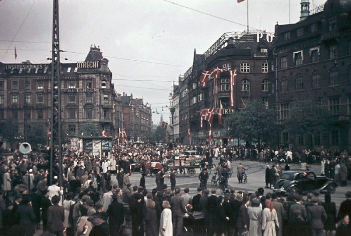 For 75 år siden blev Danmark igen et demokrati: »Folk var glade for at kunne stemme«