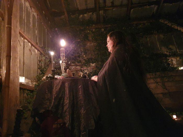 Heksen er genopstået på nettet