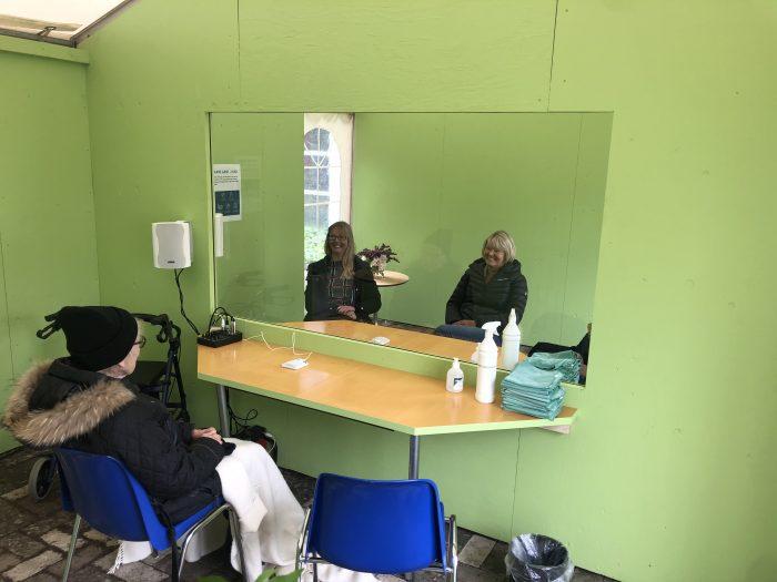 DF vil have nye løsninger for besøg på plejehjem under corona