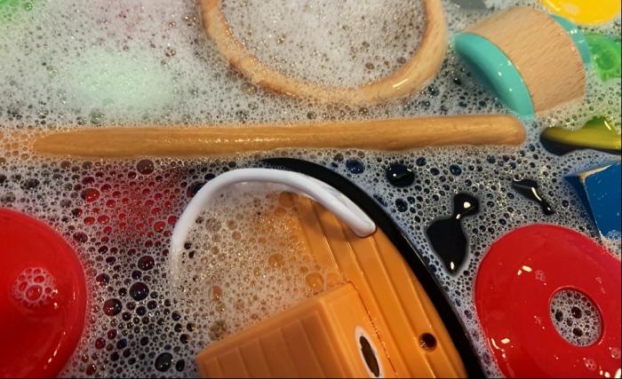Corona-rengøring presser daginstitutioner »Det rammer i høj grad børnene«