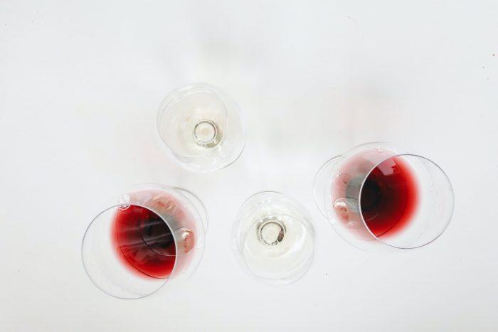 Er alkoholen blevet hverdagskost? Tre gode råd til at undgå de ligegyldige genstande