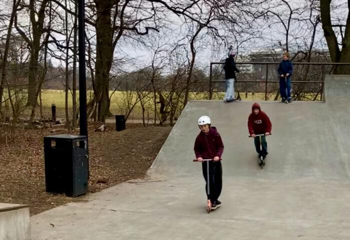 Tricks og venskaber: Dragørs unge drømmer om en ny skatepark